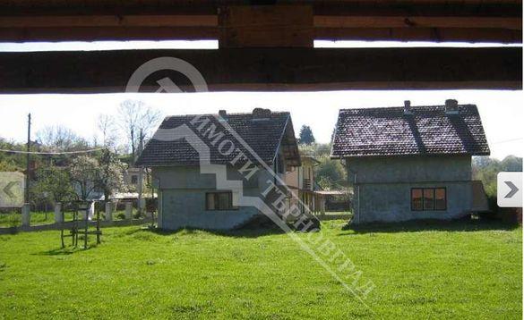 Еднофамилни къщи/вили с двор - Априлци, център Ново село