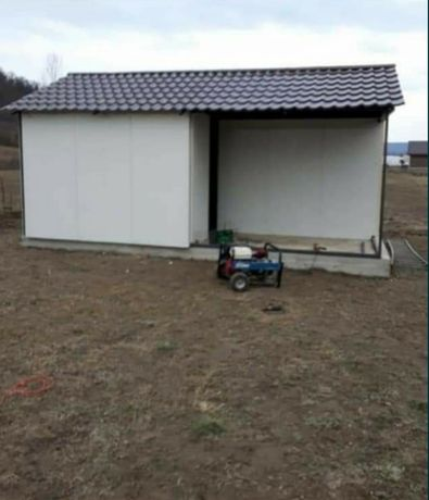 Vand case modulare tip garaj