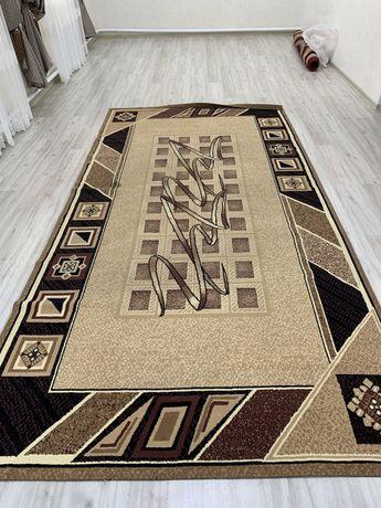 Продам б/у ковры не дорого