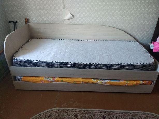 Продам кровать..