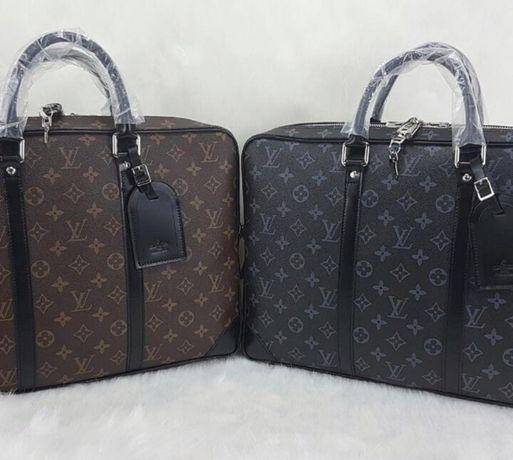 Genti Louis Vuitton unisex port documents/office/laptop/France