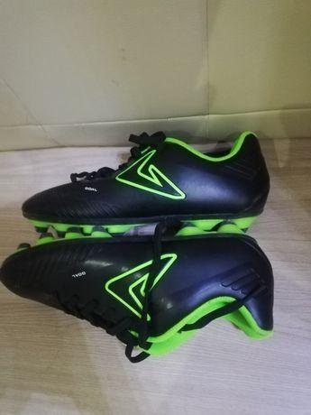 Футболный крос (шипы). Размер: