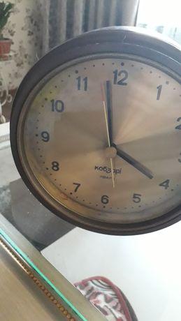 Продам часы кобзори
