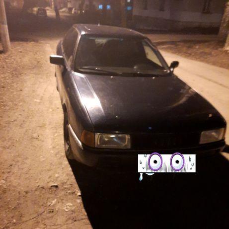 Продам Audi 80 на ходу