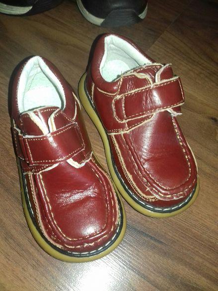 Детски обувки кафяви нови
