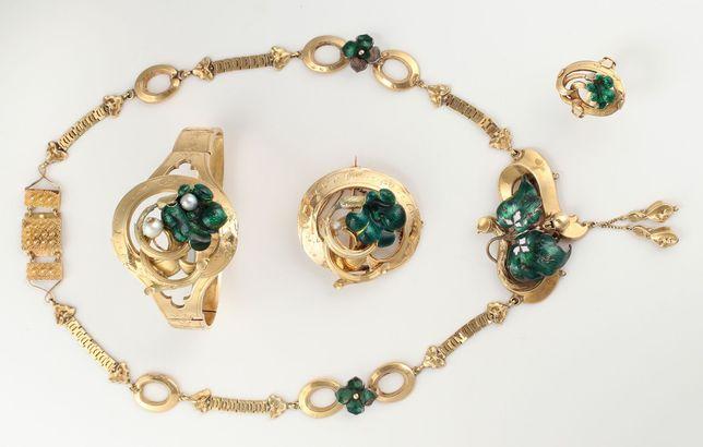 Set bijuterii antique Franta, aur 18k cu email, 4 piese