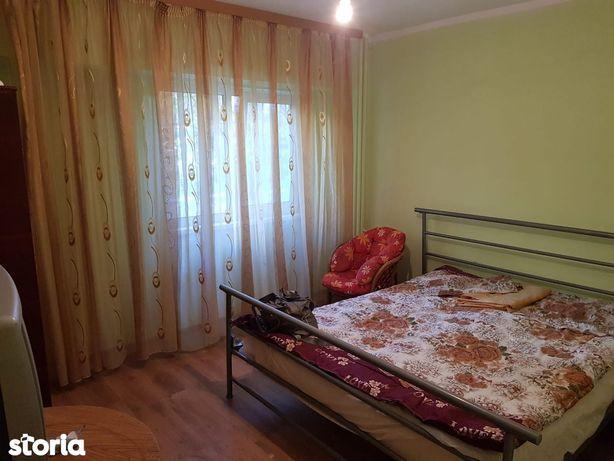 Vanzare apartament cu o camera, parter, IC.Frimu( Cin Cin)