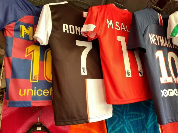 Меси роналдо неймар Детски футболен екип с подарък Топка ШЛ