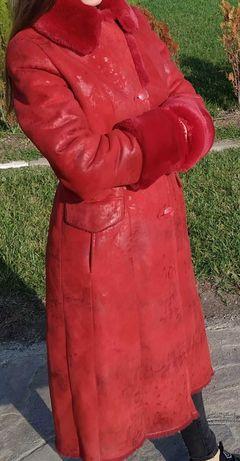 Дамско зимно червено палто
