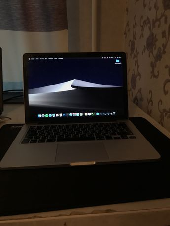 Продам Macbook pro 13 2015 года