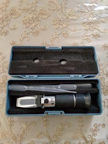 Ареометр для измерения плотности.