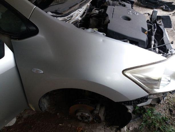 Etriere, pompa frana, servofrana, abs Toyota Auris
