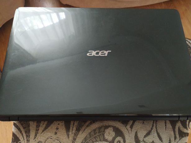 Продам ноутбук Aser Aspire E1571G