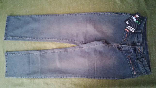 Pantaloni blugi dame noi marimea 26