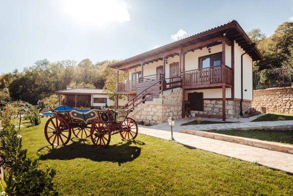 Христова къща за гости с механа с. Черни връх близо до Варна и Шумен
