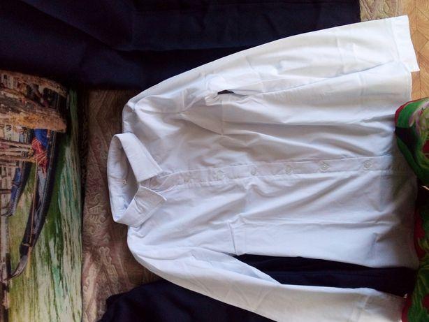 2 блузи 2 юбки 2 пары брюк