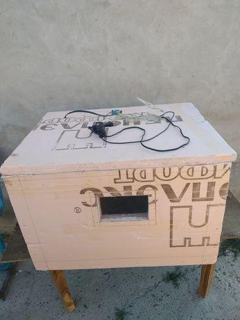 Продаю инкубатор/брудер/клетка