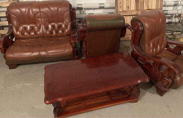 Комплект диван, два кресла, стол и зеркало