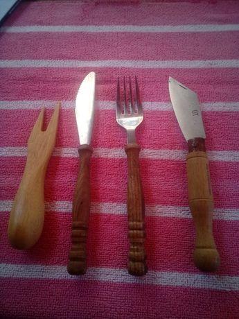 Briceag furculița cuțit