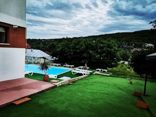 Vila cu piscina de inchiriat pentru evenimente