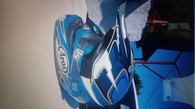 casca motocross Arai