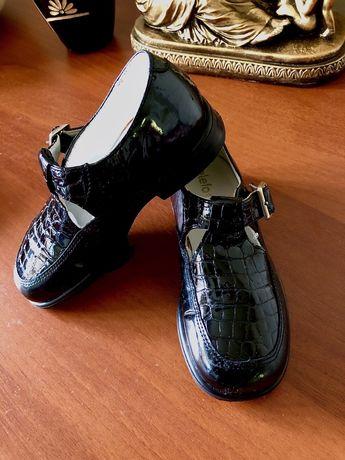 Германские Ботинки туфельки для девочки