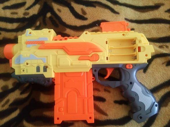 Детски пистолет-Бластер