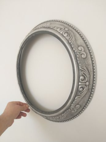Рамки для зеркала разные