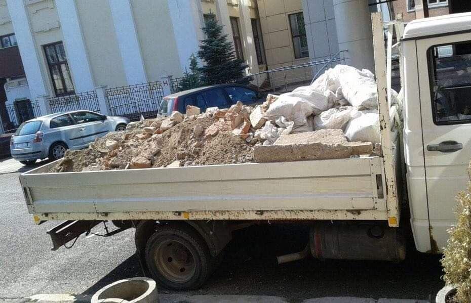 60lei moloz ieftin nisip mobila retrag pamant demolari deseu Cluj-Napoca - imagine 1