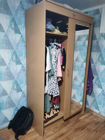 Шкаф в спальню б/у