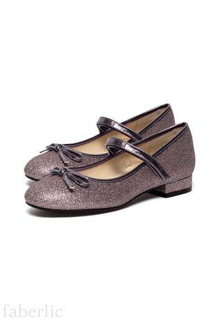 Новые нарядные туфли для девочки 35р