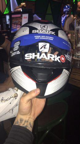 Шлем Shark