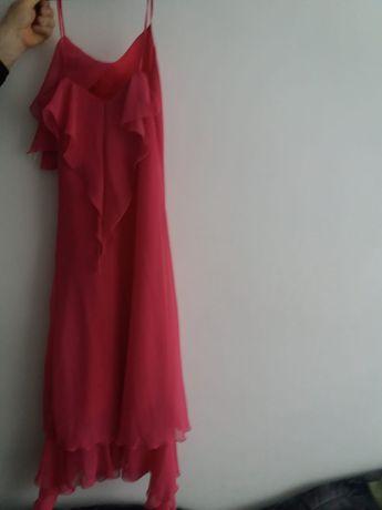 Rochie roz de voal