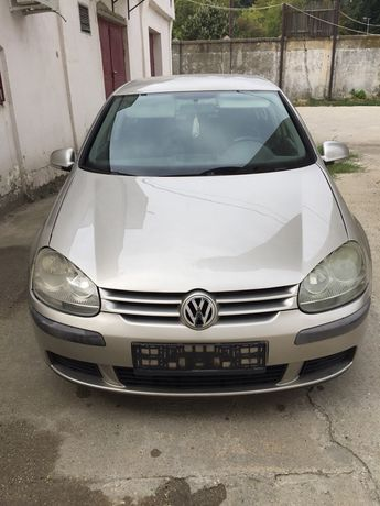 Capota motor VW Golf 5
