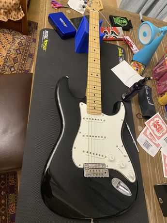 fender stratocaster mexican