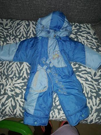 Продам детский комбинез  зима 6000, весна новая одевали пару раз 8000.
