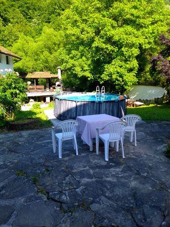 Планинска среща ,за 15 гости,до река,барбекю и басейн