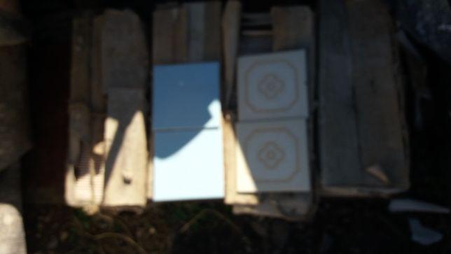 Vand faianță albastră si albă cu forme maro dimensiune 15/15