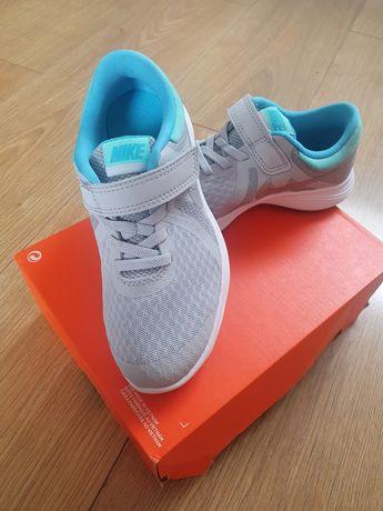 Nike Revolution4 nr.30