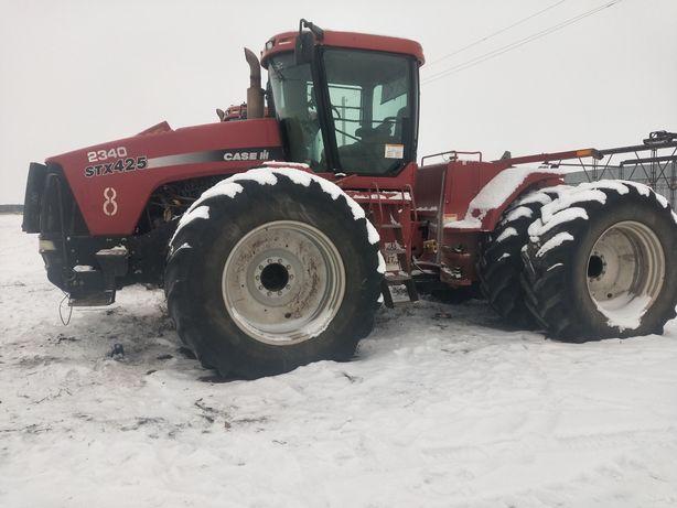 Трактор Case STX425
