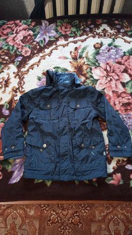 Куртка на мальчика  146рост