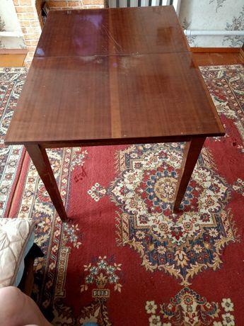 Продадим стол гостиный производства СССР раритет .