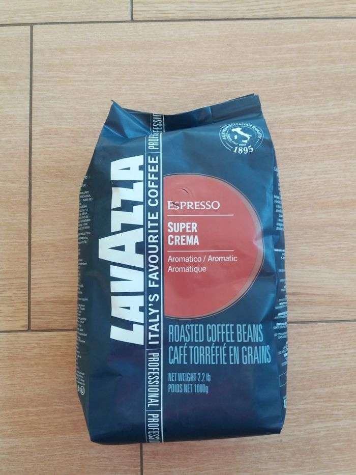 Cafea boabe Lavazza super crema