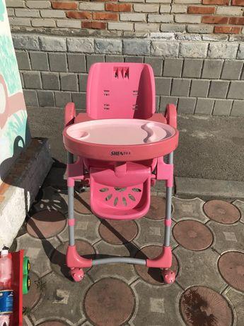 Отдам стульчик детский