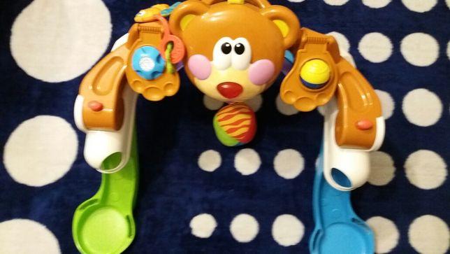 Maimutica muzicala pentru bebe cu activitati
