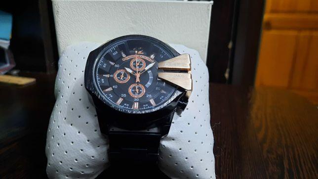 Наручные часы почти новые