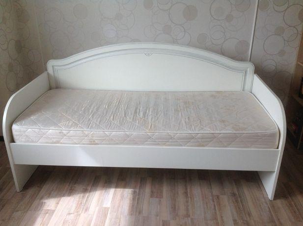 Продам кровать однушку