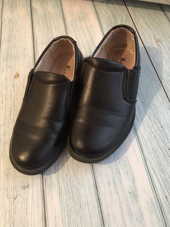 Туфли для мальчика 28р