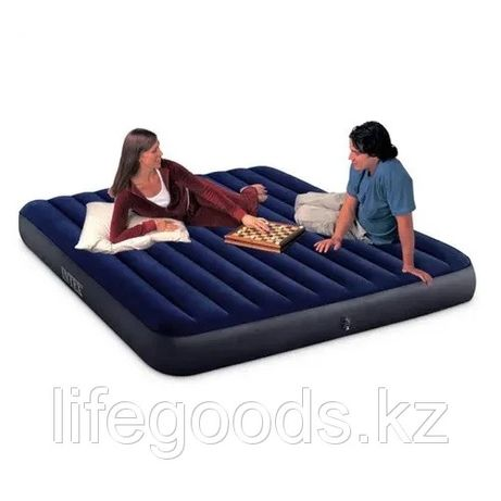 Надувной матрас для сна трехспальный 183х203х25 см Intex 64755