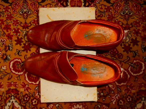 Обувки мъжки половинки